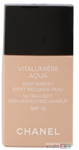 Chanel Vitalumiere Aqua Ultra-Light SPF15