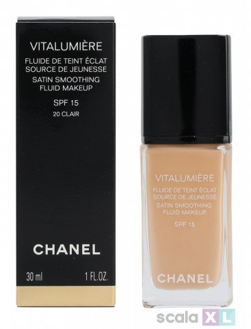 Chanel Vitalumiere Satin Smoothing Fluid SPF15