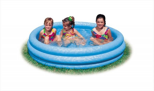 CRYSTAL BLUE POOL. 3-Ring. Ages 3+